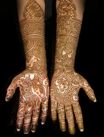 رسوم حناء العروس - نقوش جديدة ومبتكرة لحنة العروس - نقوش حنة 2012 بالصور heena3.jpg